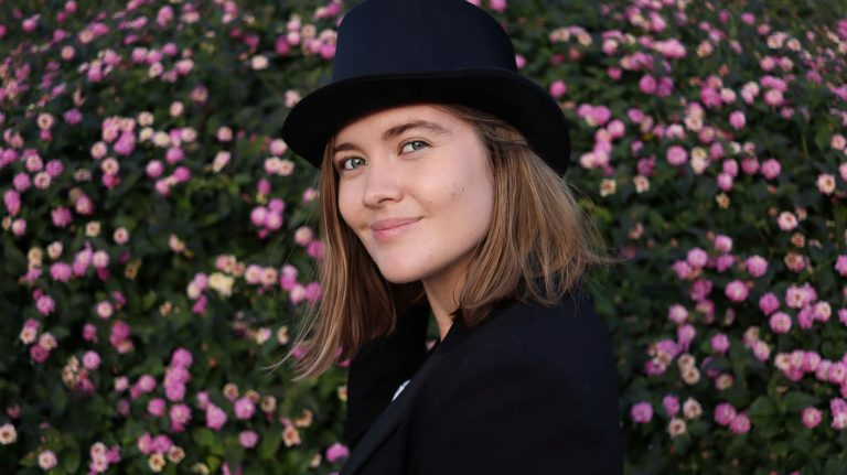 Luna Keller takes us to the bright light of love and playfulness with her songs and new releases